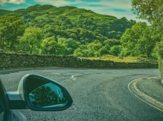 6 tips voor als je een auto huurt in een linksrijdend land