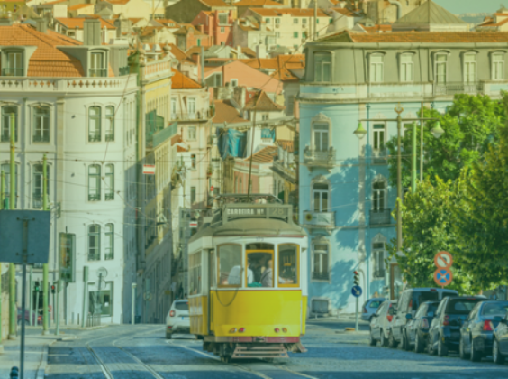 5 mooie plekjes rondom Lissabon om te bezoeken met je huurauto