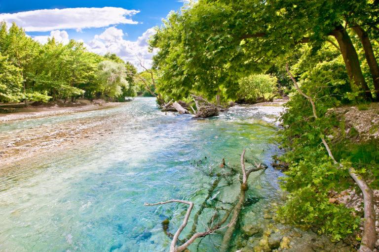 landscape-and-acheron-river-in-greece