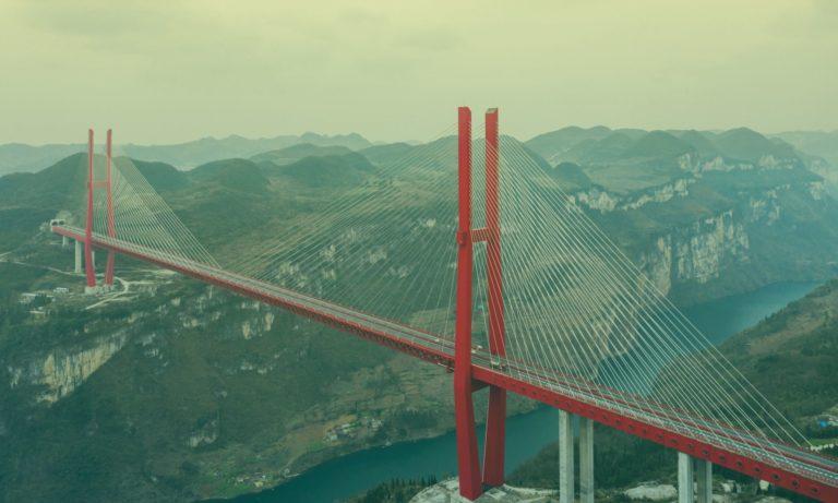 hoge-brug-china