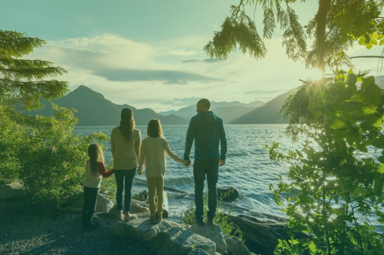 istock-1248403218-canada-familie-filter-2